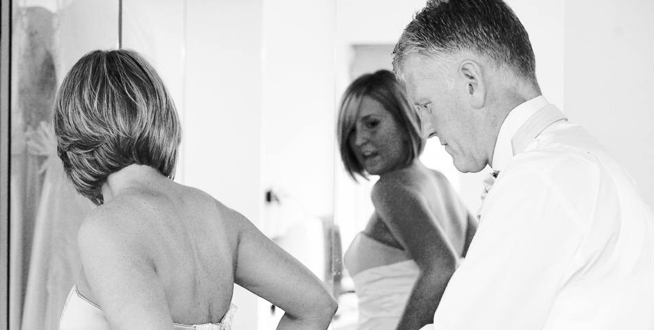 reportage wedding photography of the preperations for the wedding day in Macclesfield Cheshire
