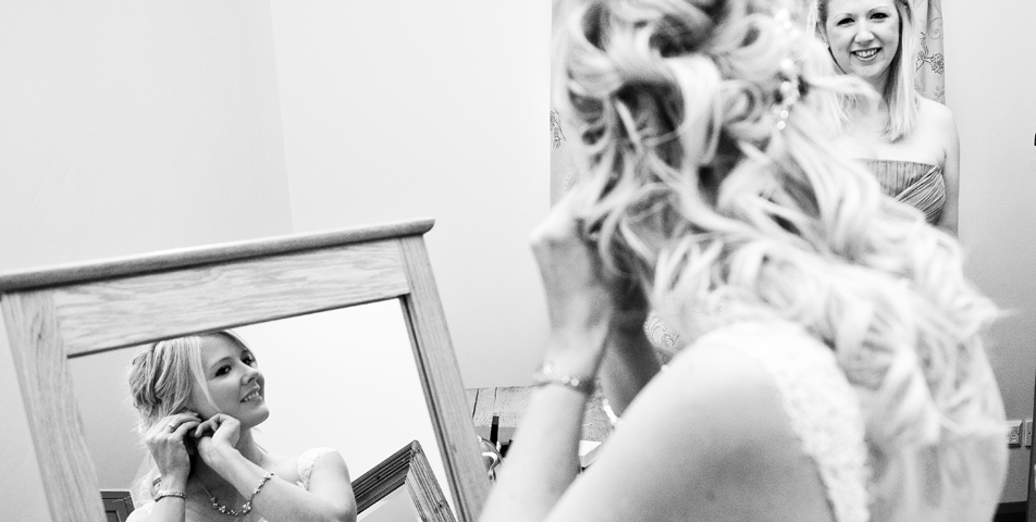 """reportage wedding photography of bride getting ready"""
