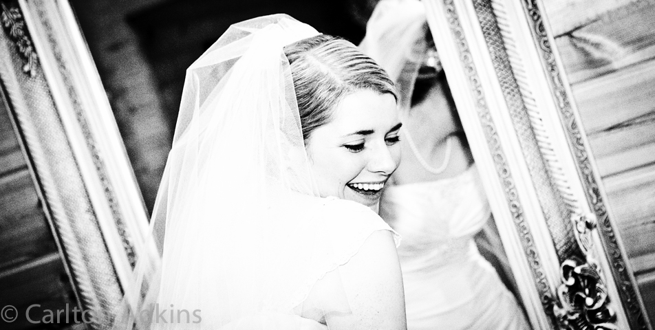 relaxed and informal photography of the wedding breakfast