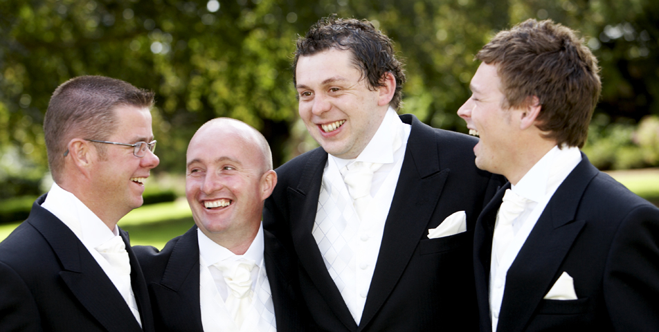 photography-of-the-groom-before-wedding-ceremony-leicestershire