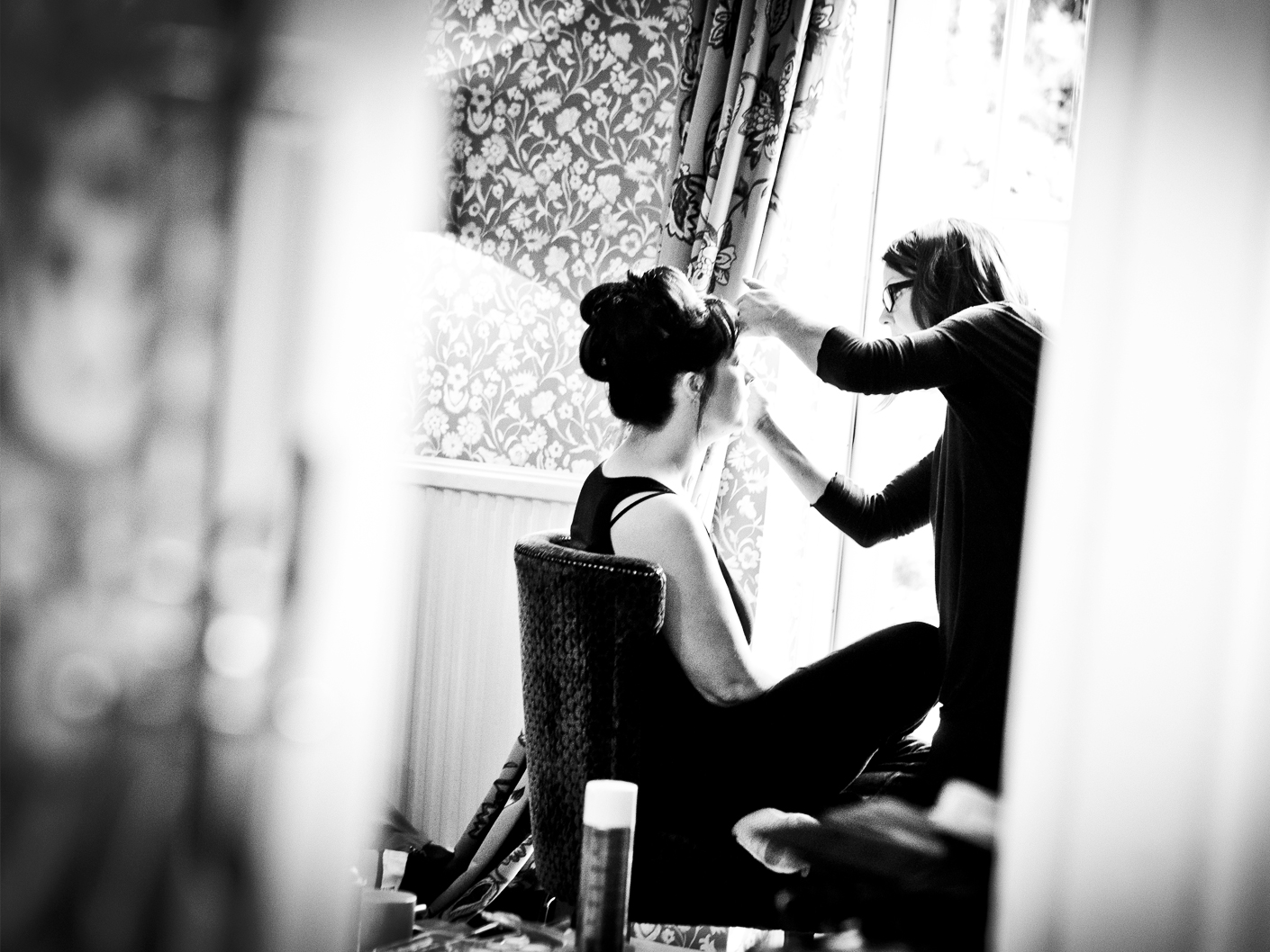 wedding-photography-of-the-bridal-make-up-at-mottram-hall-cheshire