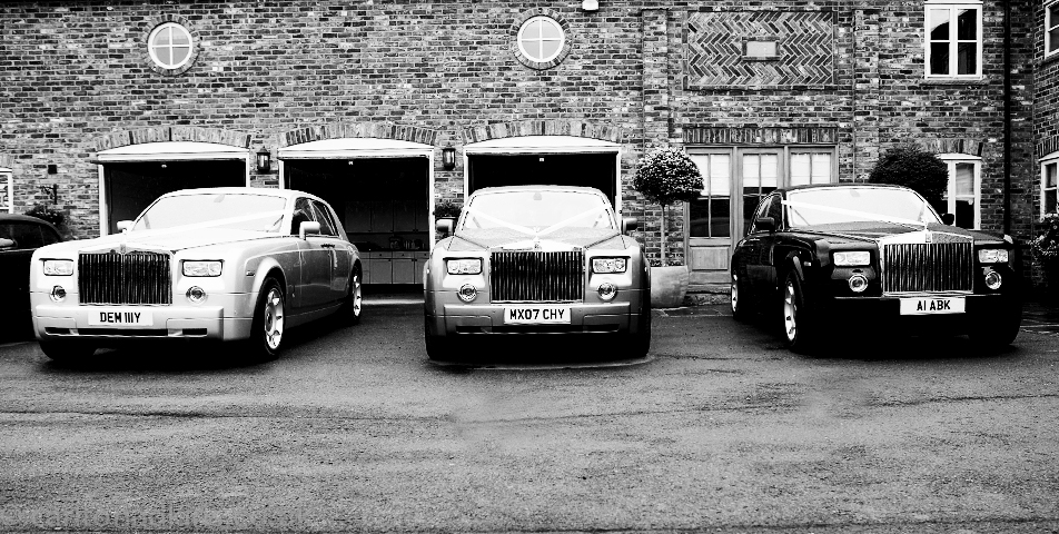 photography of the wedding cars in cheshire
