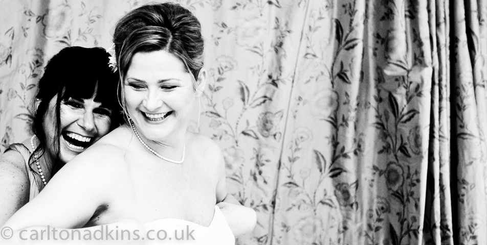 photography of the bride getting ready in knutsford cheshire