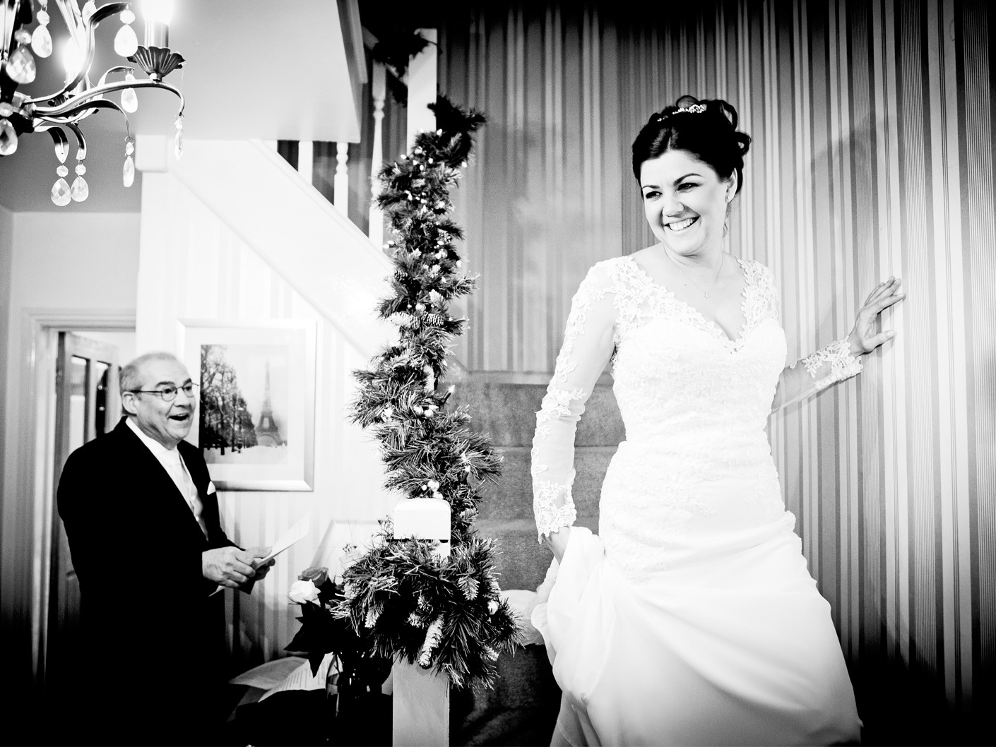 photography-of-the-bride-in-her-wedding-dress-in-mobberley-cheshire