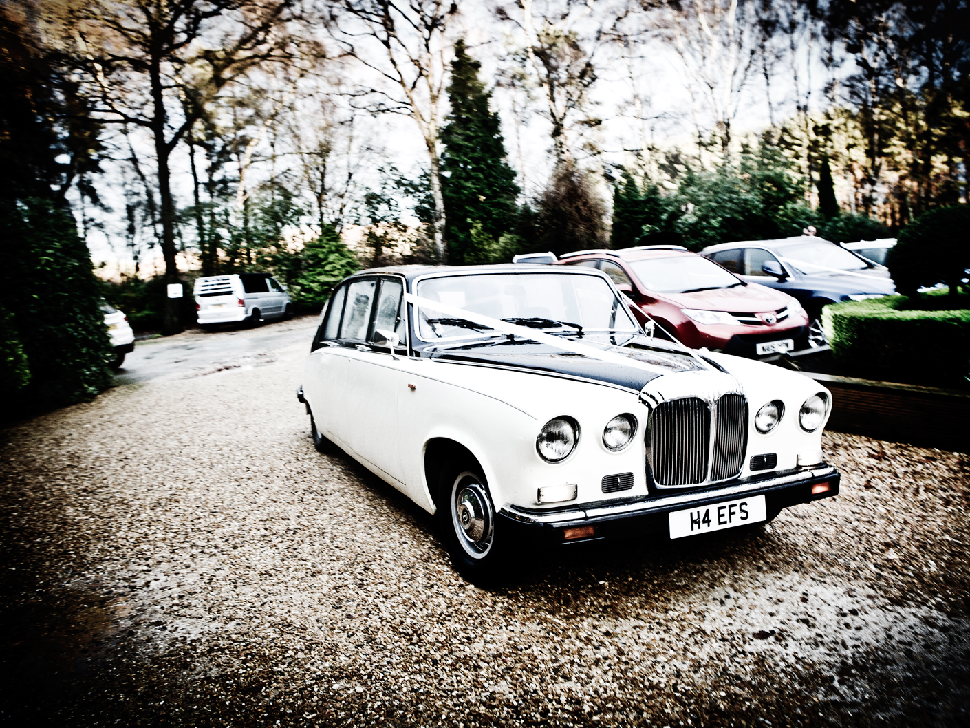 photography-of-the-wedding-car-in-nunsmere-hotel-cheshire