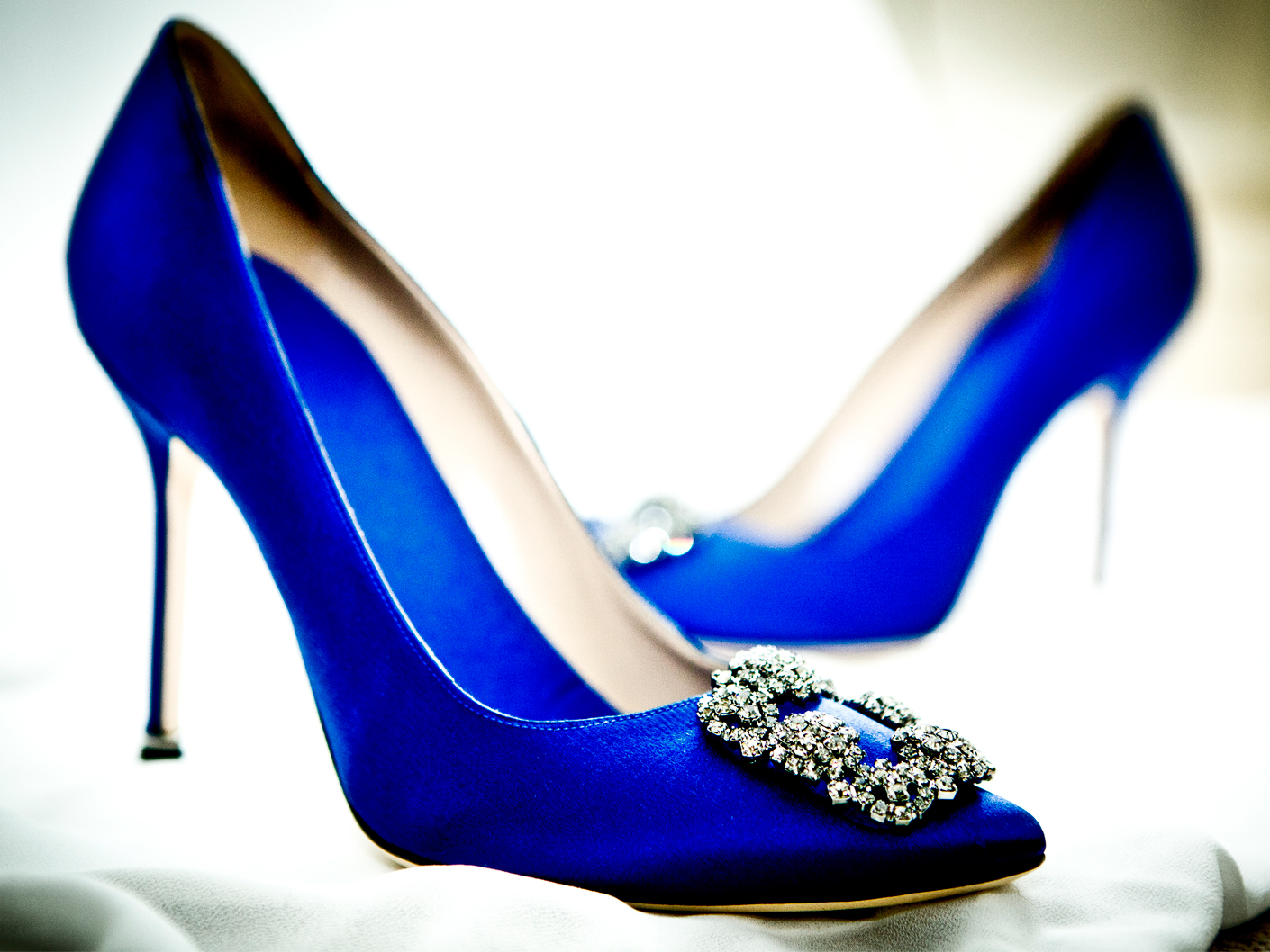 photography-of-the-wedding-shoes-in-cheshire