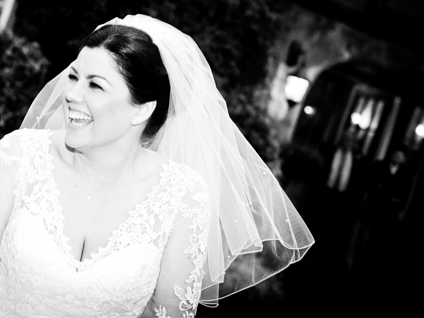 wedding-photography-of-the-bride-at-nunsmere-hall-hotel-cheshire