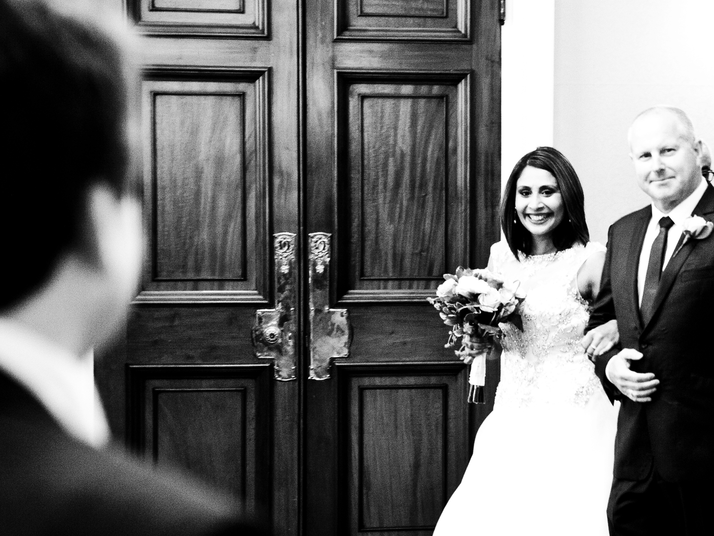 photography-of-the-bride-arriving-at-the-wedding-ceremony-at-crewe-town-hall-in-cheshire