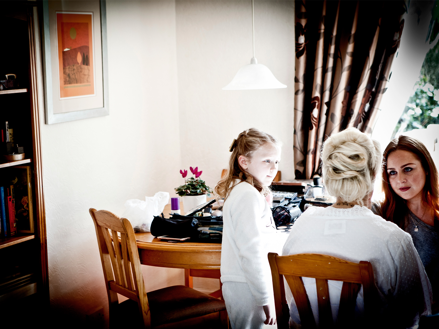 photography-of-the-wedding-makeup-in-macclesfield-cheshire