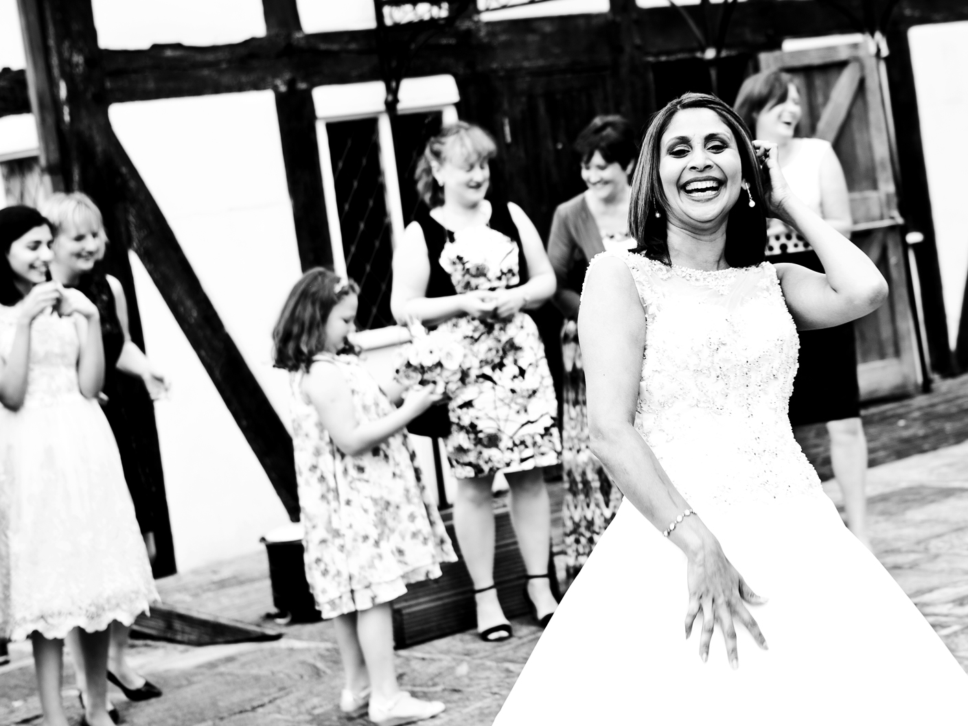 relaxed-wedding-photography-in-congleton-cheshire