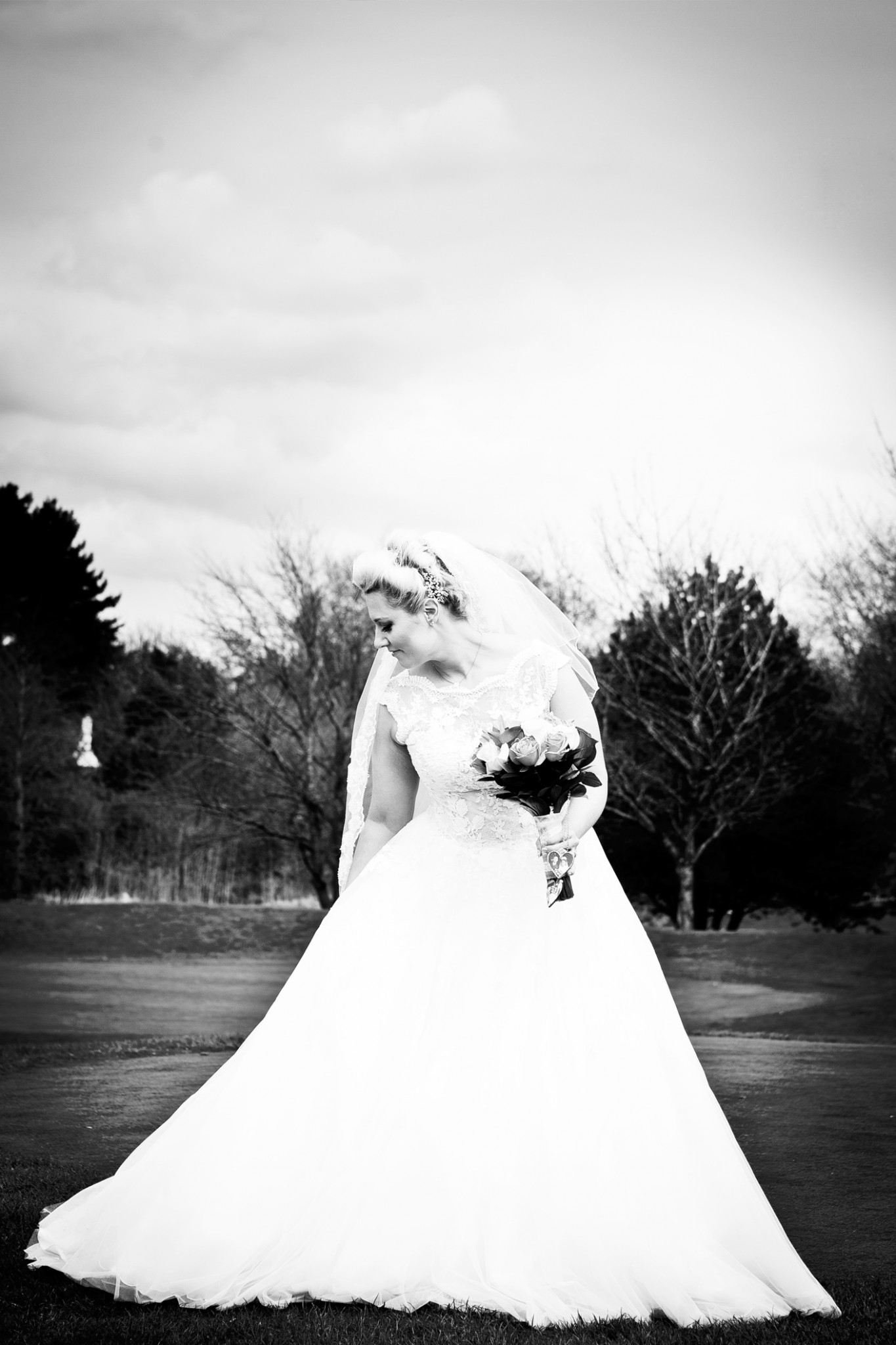 wedding-photographer-at-the-tytherington-club-in-macclesfield-cheshire