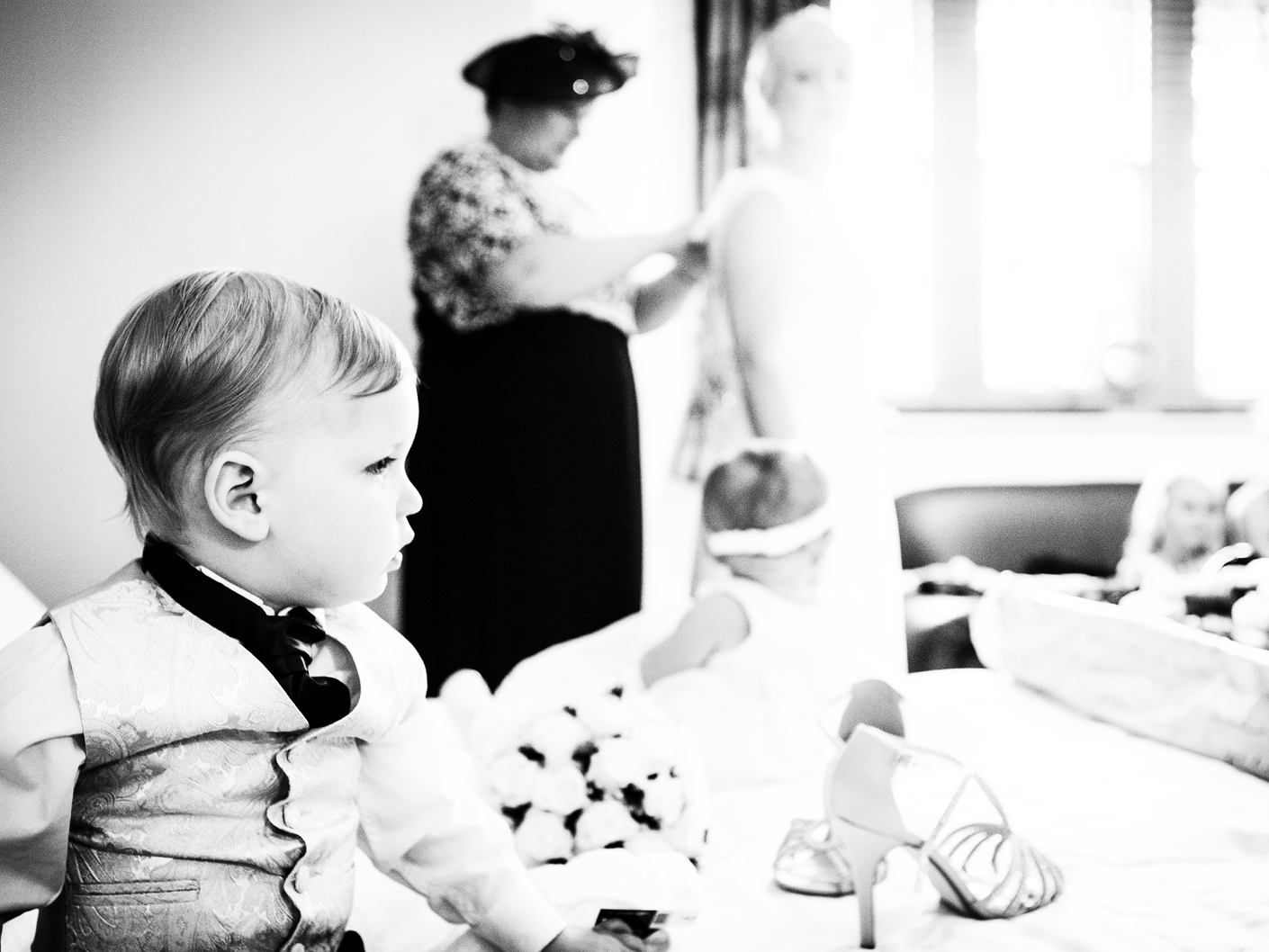wedding-photography-of-the-page-boy-in-cranage-hall-cheshire