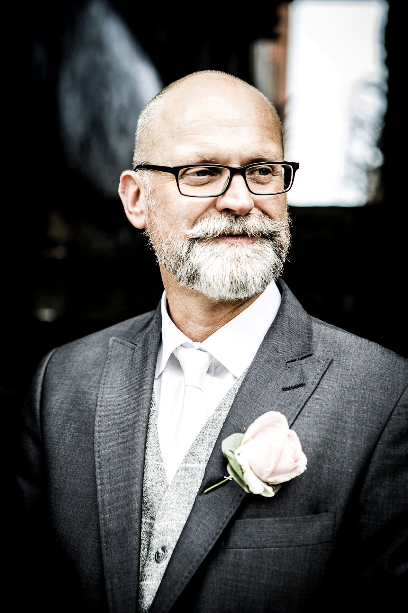 photography-of-the-groom-outside-the-cheshire-wedding-venue-the-oddfellows-hotel