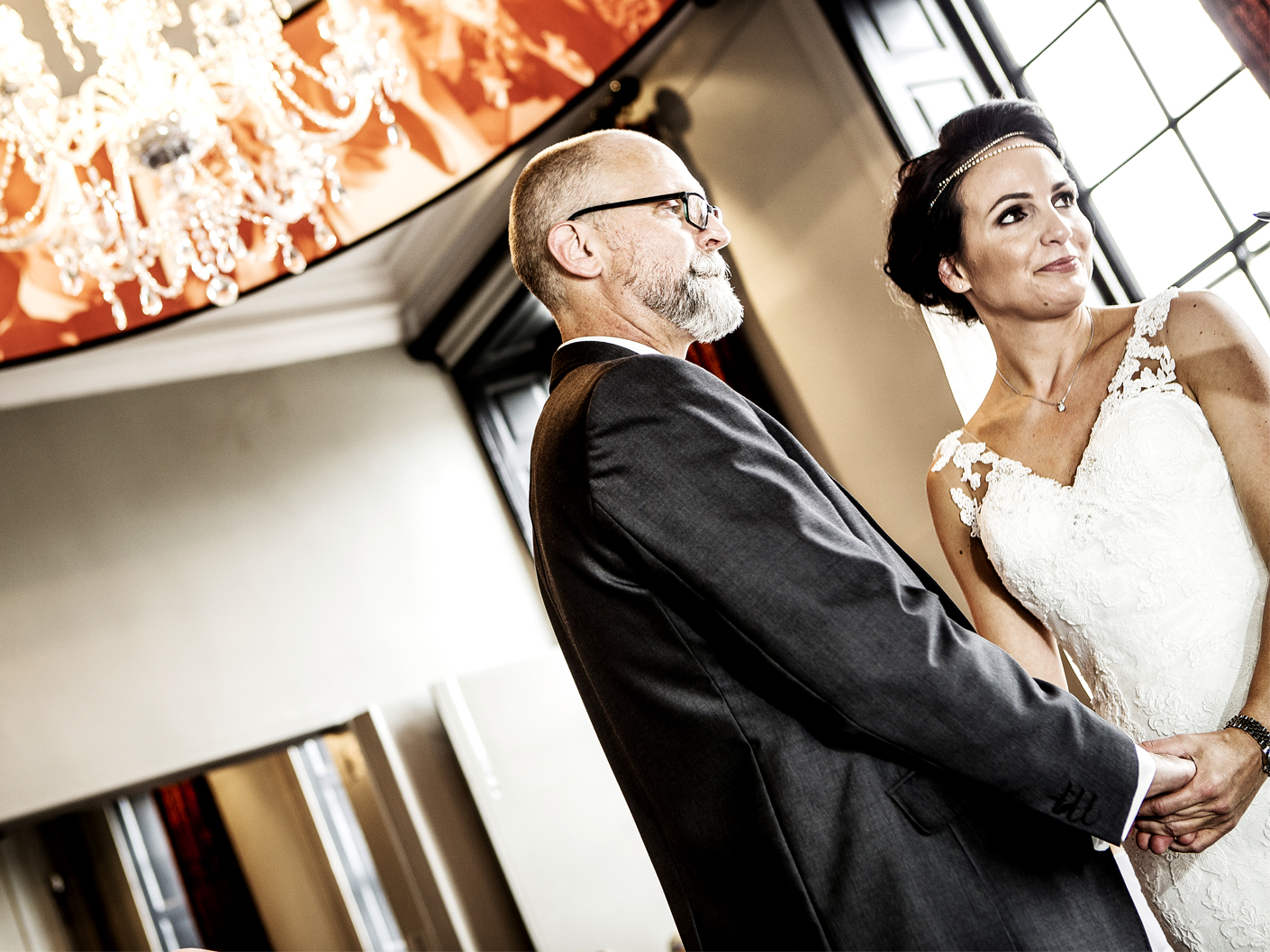wedding-photography-of-the-ceremony-at-The-Oddfellows-Hotel-Chester-in-Cheshire
