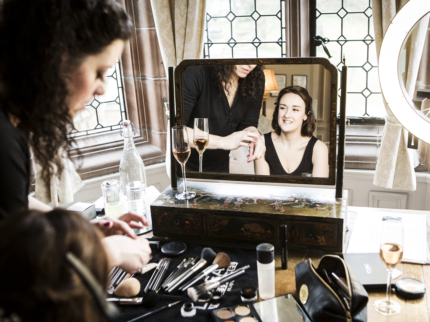bridal-make-up-and-wedding-photography-at-thornton-manor