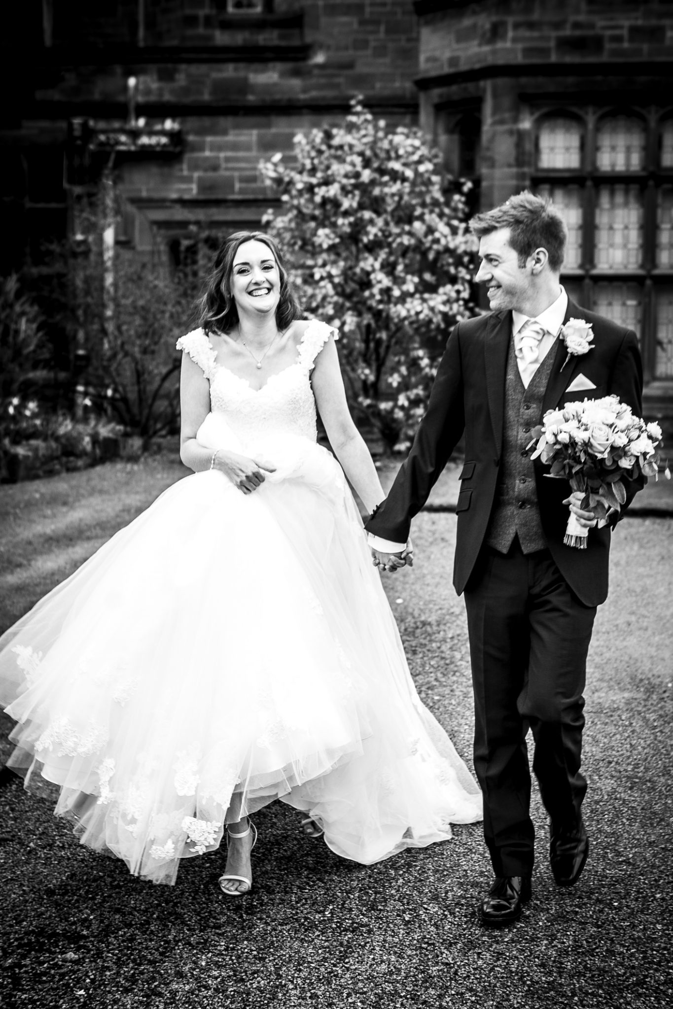 lifestyle-wedding-photography-at-thornton-manor-wirral
