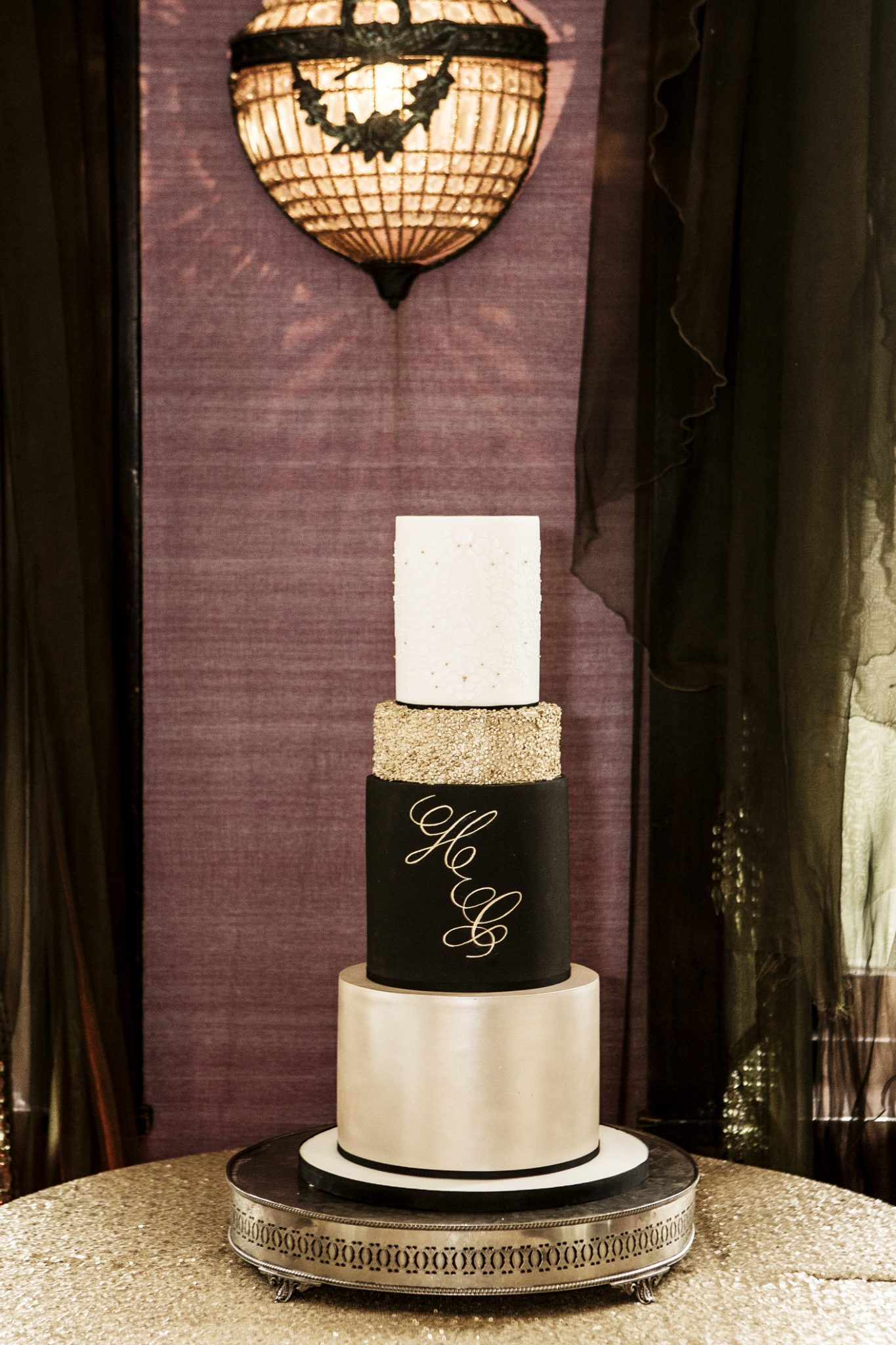 photography-of-the-wedding-cake-knutsford-cheshire