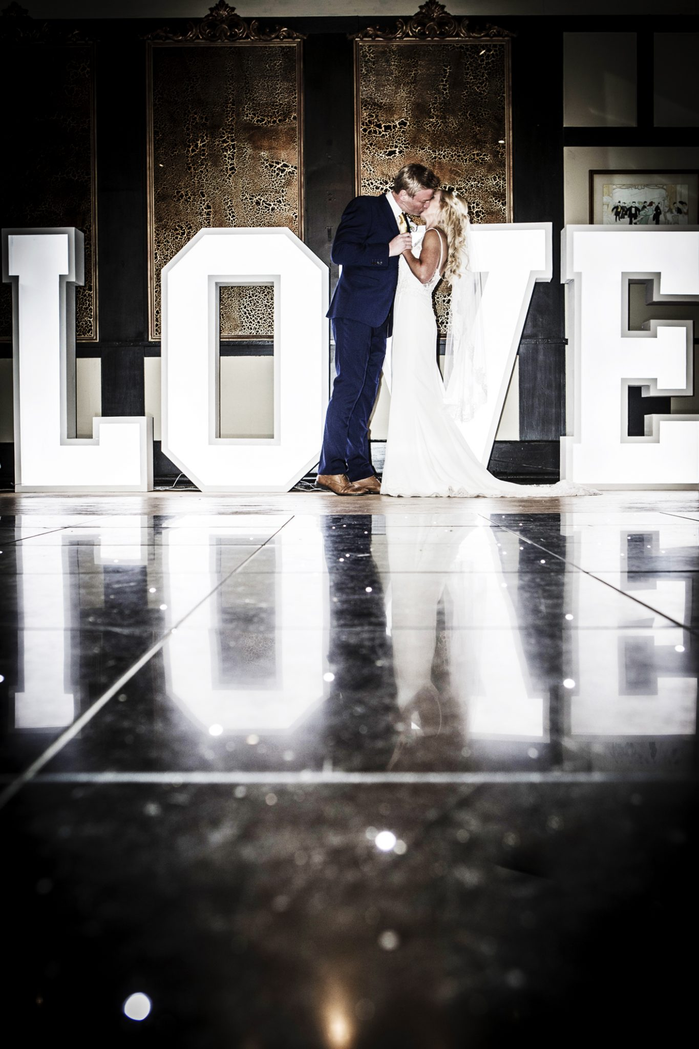 wedding-photography-at-The-Belle-Epoque-Hotel-in-Knutsford-Cheshire-