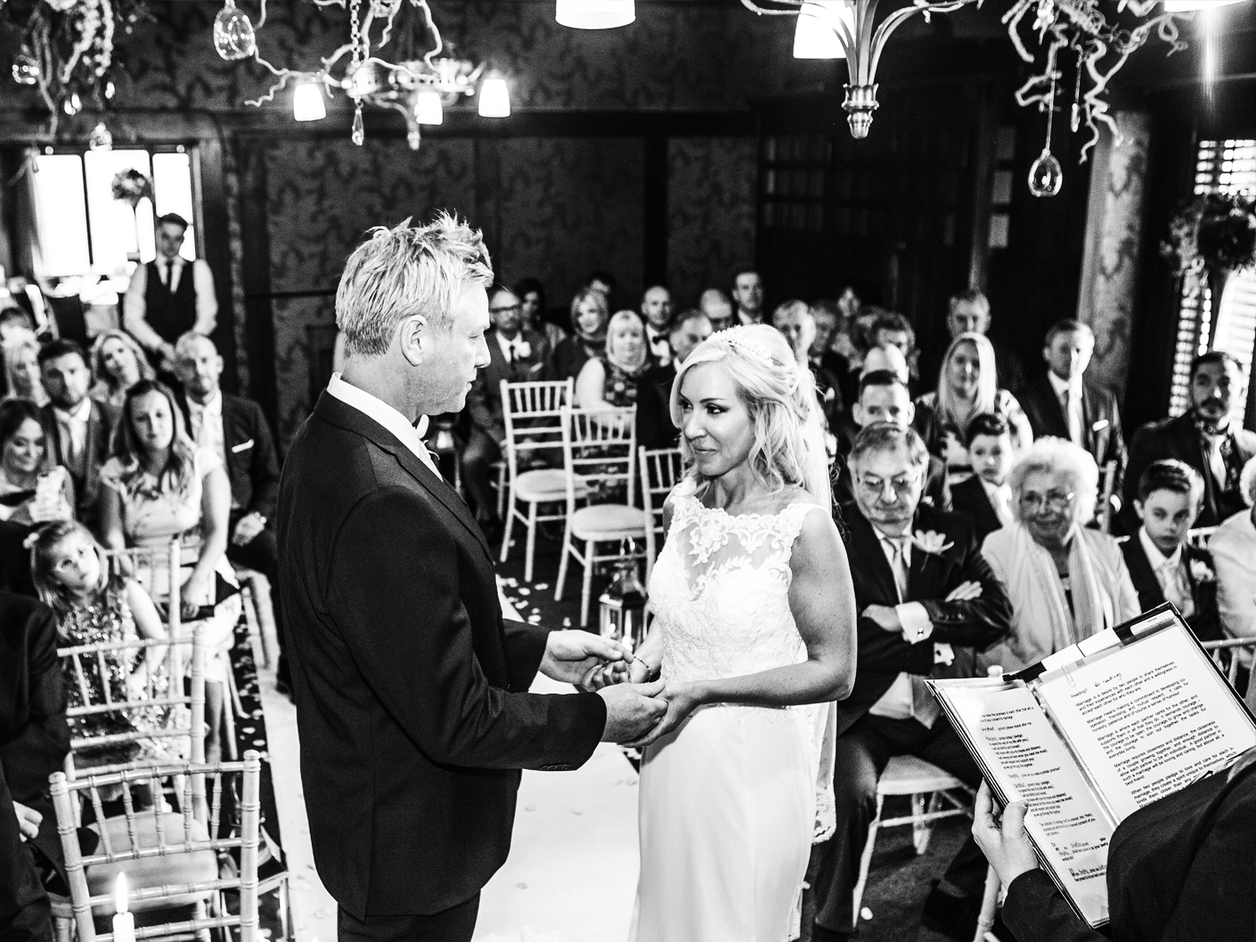 wedding-photography-at-the-civil-wedding-ceremony-in-knutsford-cheshire