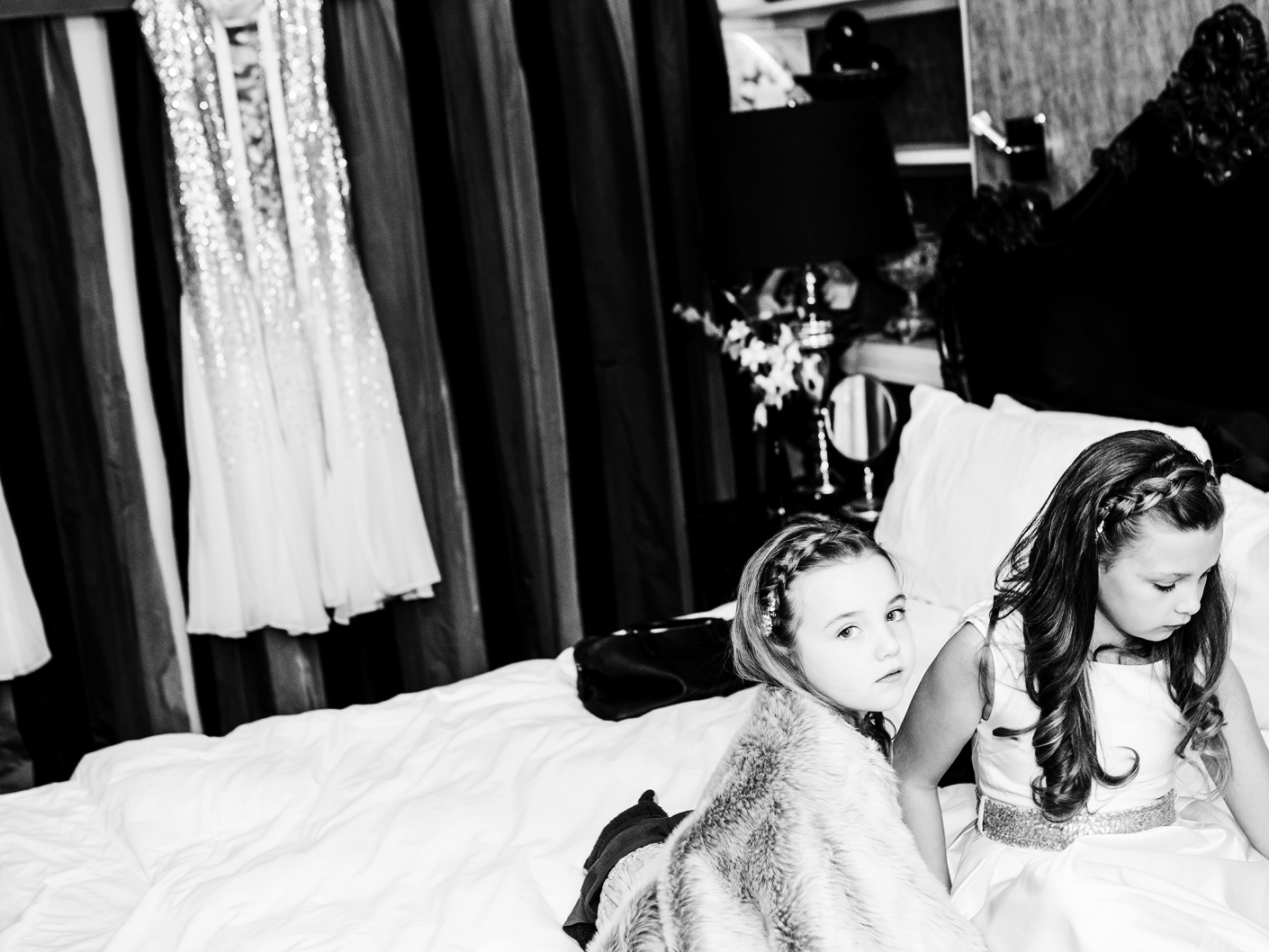 wedding-photography-of-the-bridesmaids-in-the-belle-epoque-hotel-knutsford-cheshire