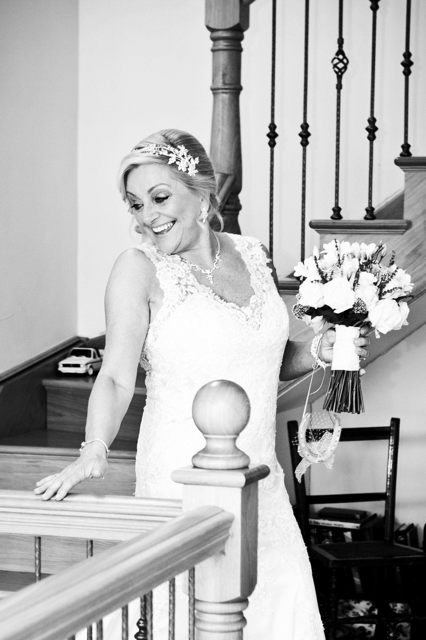 relaxed-natural-wedding-photography-in-manchester