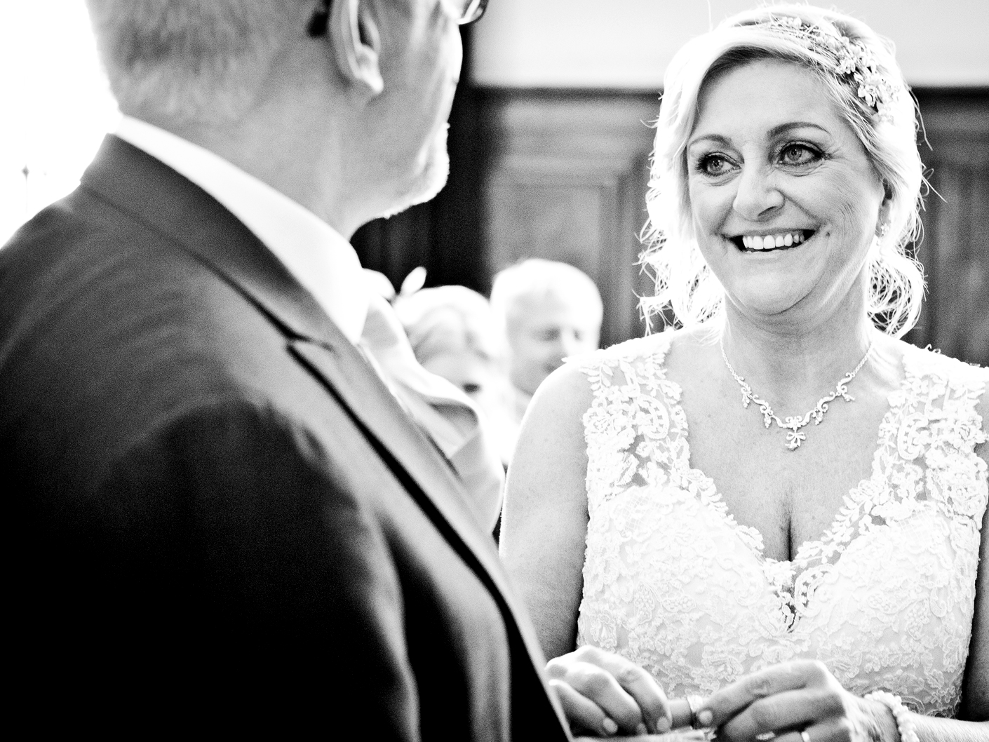 wedding-photography-of-the-vows-in-cheshire