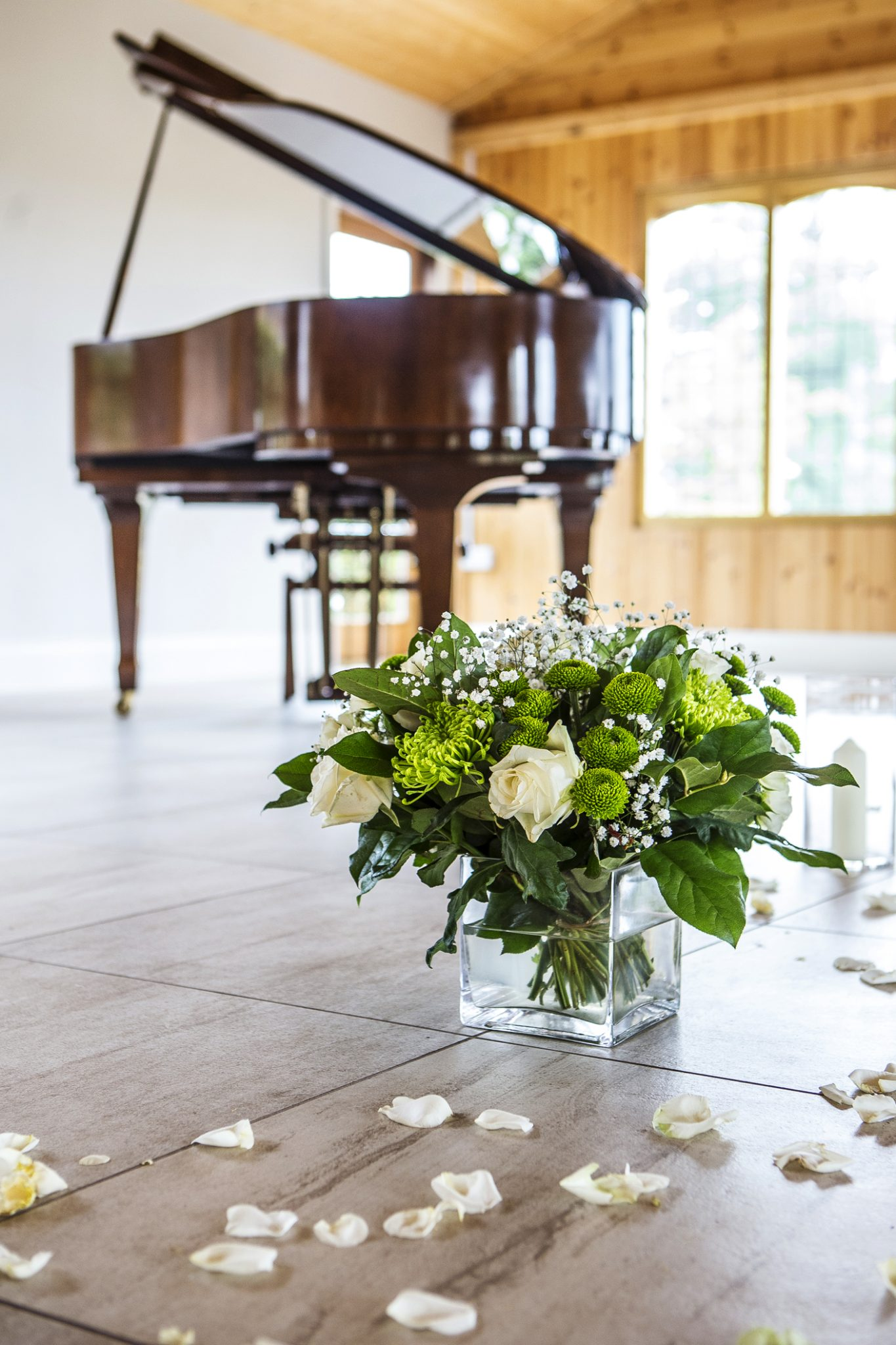 photography-of-the-cheshire-wedding-venue-merrydale-manor