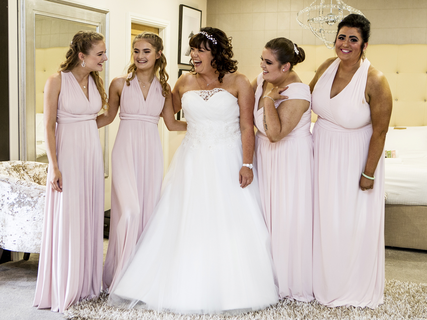 wedding-photography-of-the-bride-and-bridesmaids-at-merrydale-manor-knutsford-cheshire