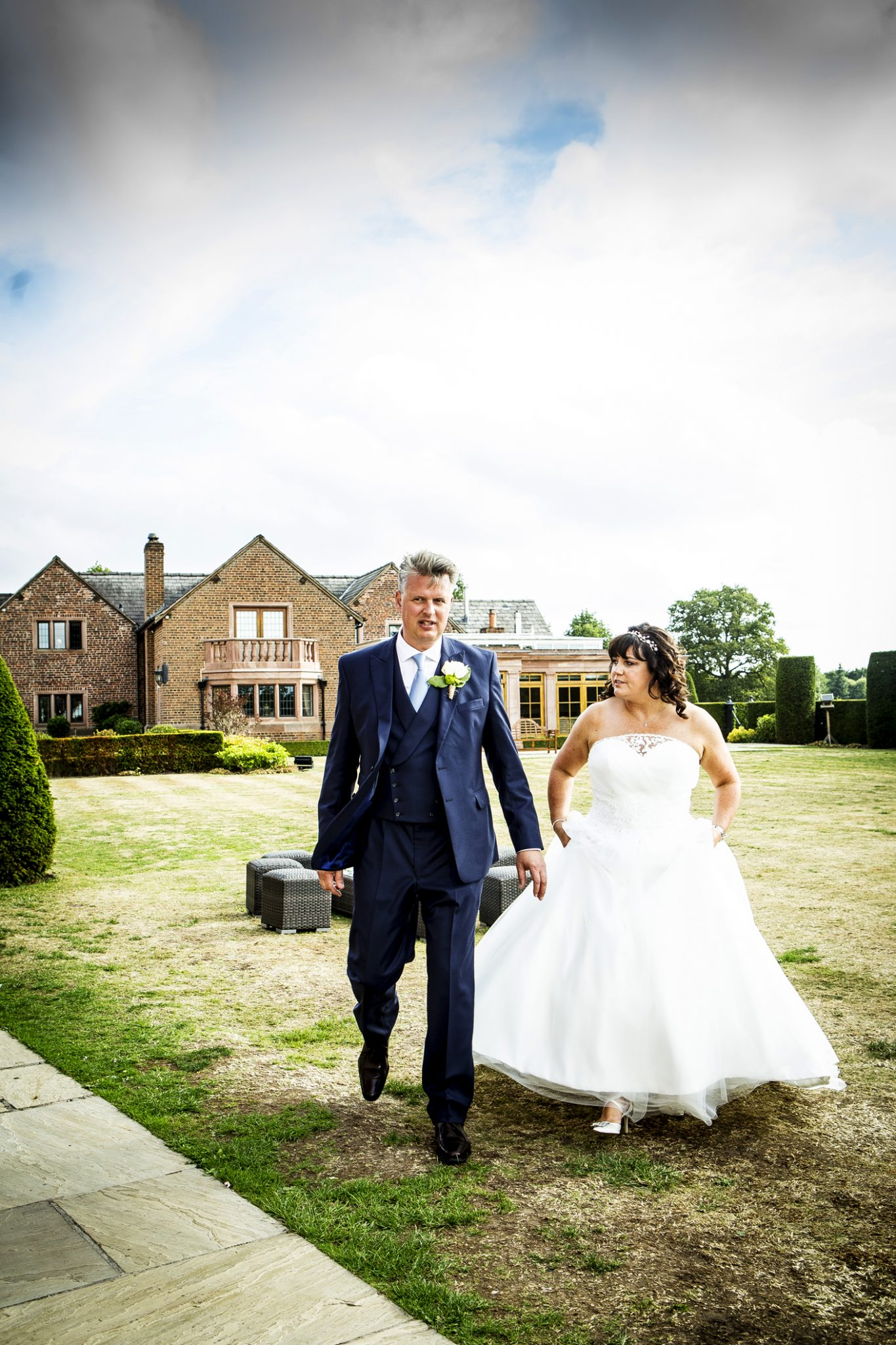 wedding-photography-of-the-bride-and-groom-before-the-wedding-breakfast-in-knutsford-cheshire