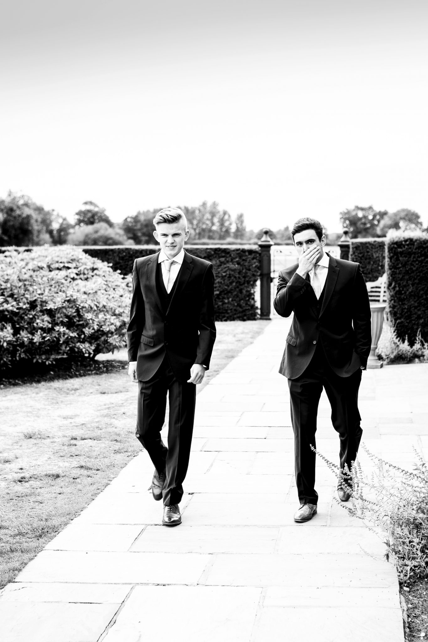 wedding-photography-of-the-ushers-arriving-at-merrydale-manor-knutsford-cheshire