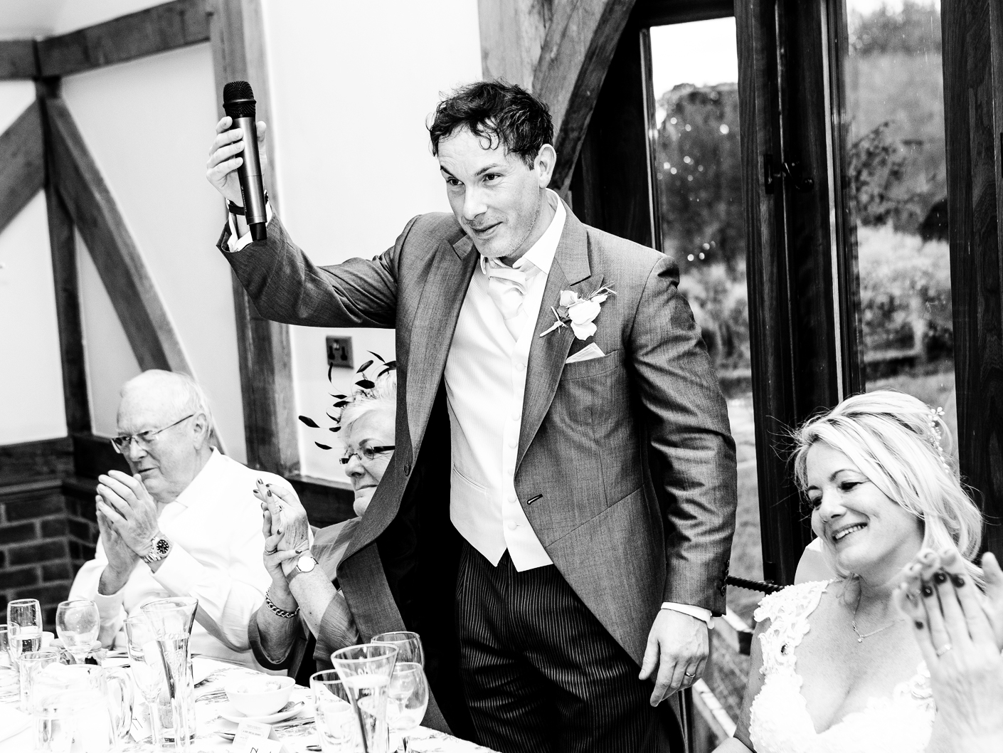 photography-of-the-wedding-speeches-at-sandhole-oak-barn-congleton-cheshire