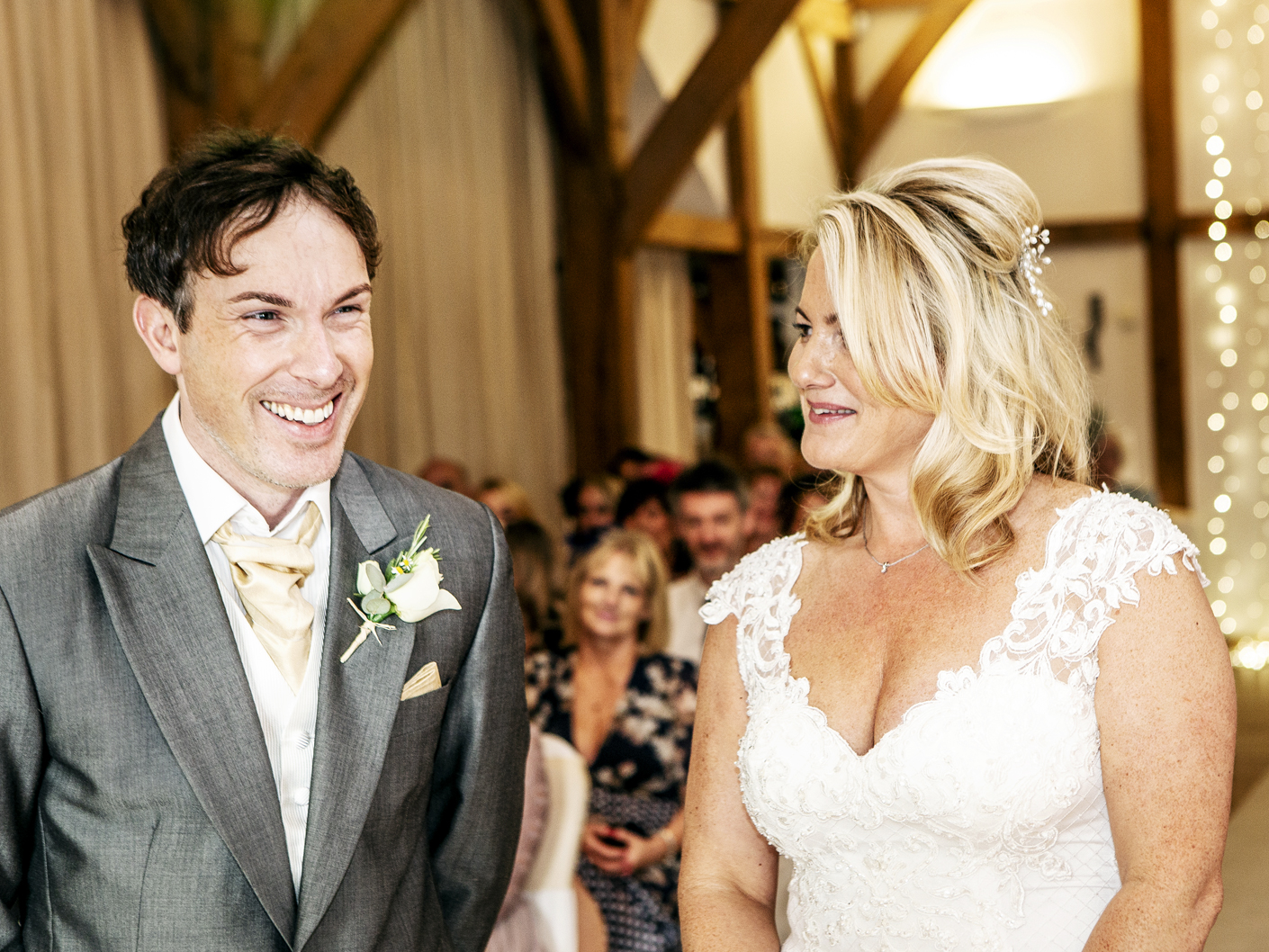 wedding-photography-of-the-bride-and-groom-in-cheshire