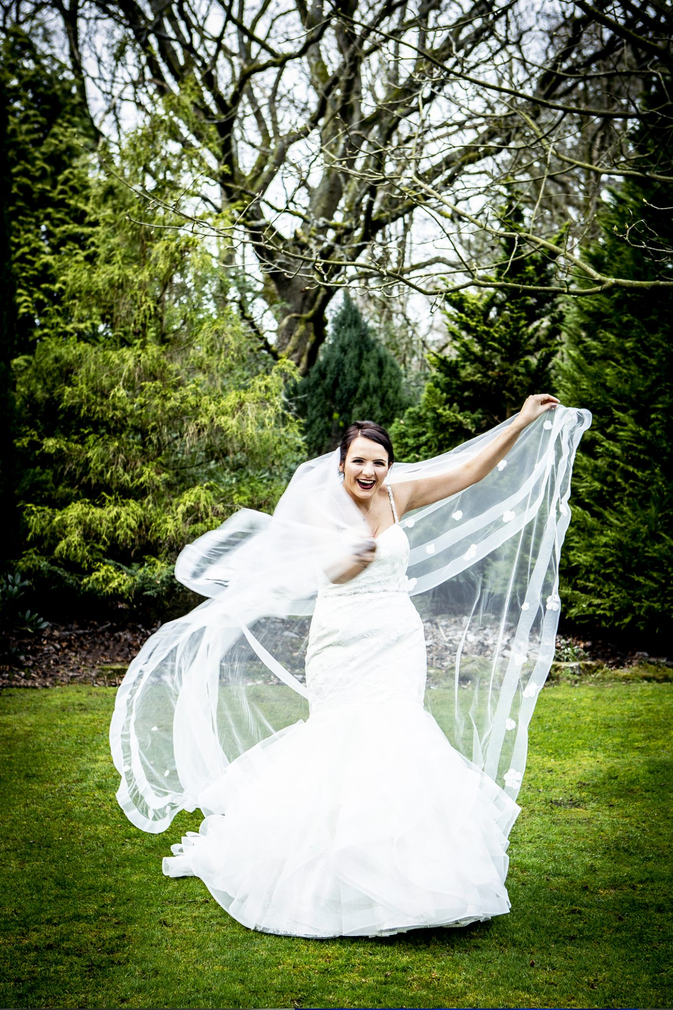 wedding-photography-of-the-bride-at-nunsmere-hall-in-cheshire