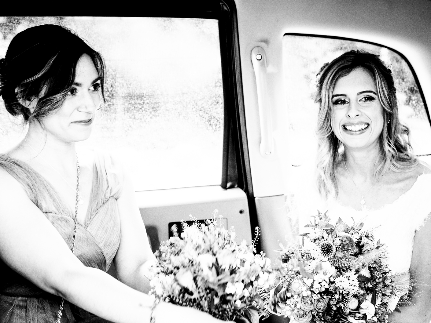 wedding-photography-of-the-bride-arriving-at-the-didsbury-house-hotel-manchester