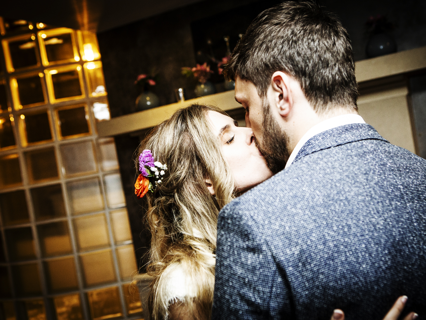 wedding-photography-of-the-first-dance-in-manchester