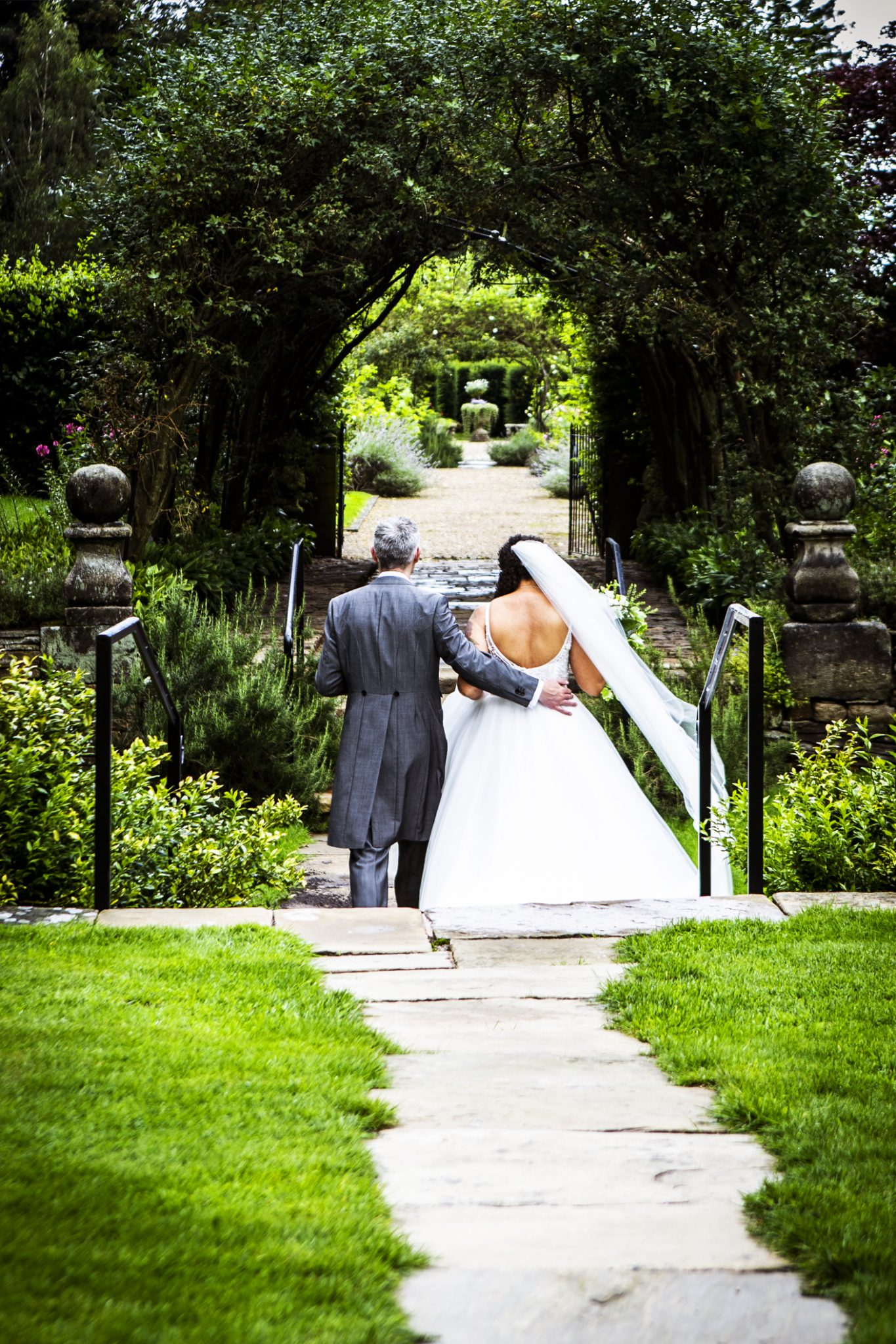 photography-of-the-bride-and-groom-at-adlington-hall-cheshire