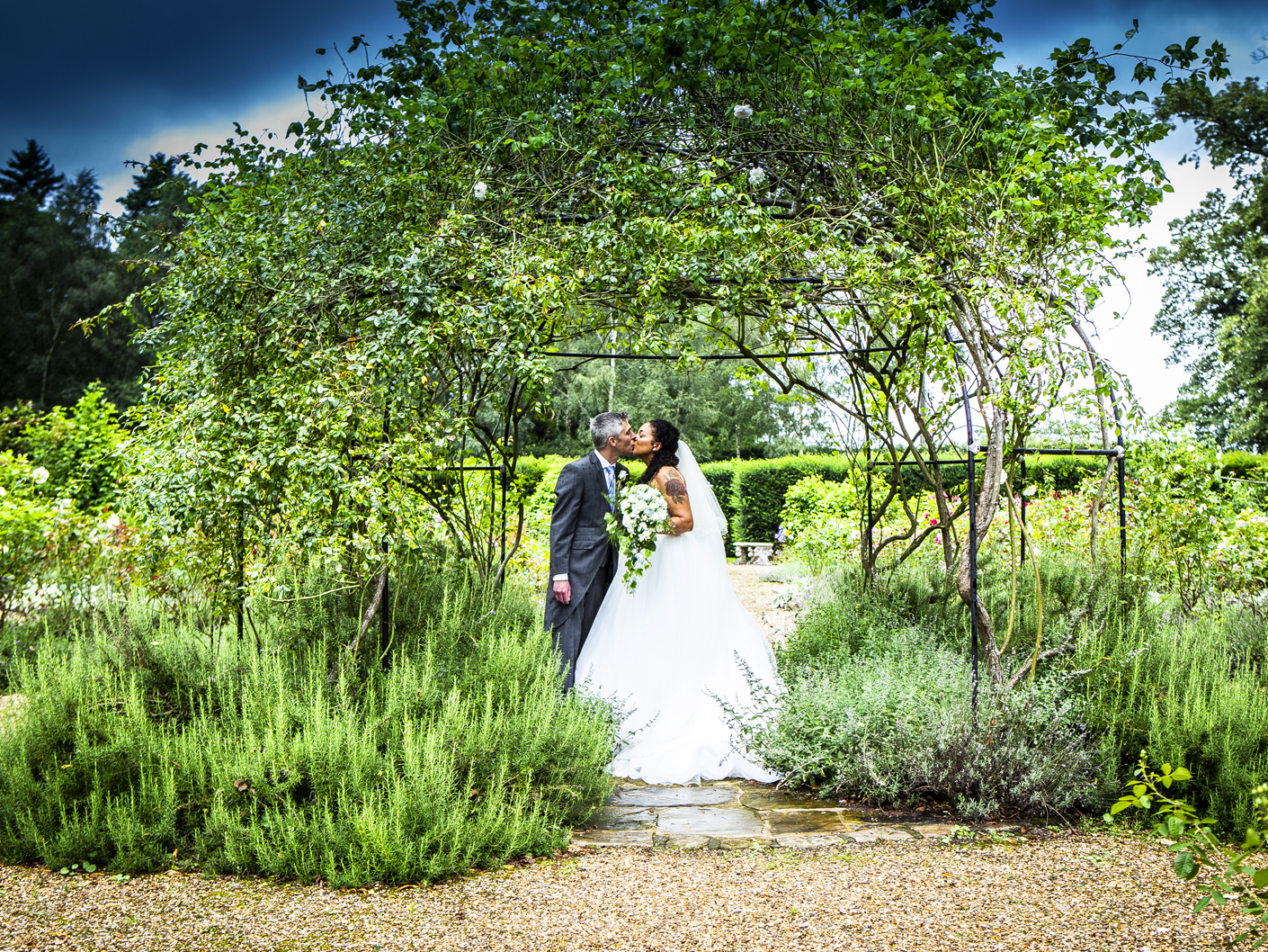 wedding-photography-of-the-bride-and-groom-at-adlington-hall-macclesfield-cheshire