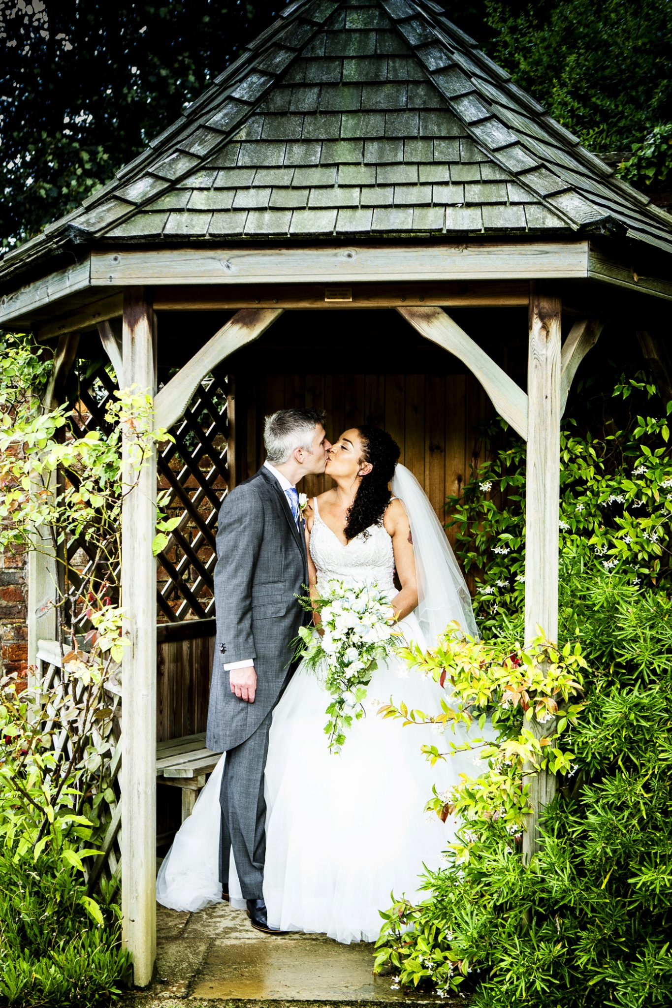 wedding-photography-on-the-grounds-of-adlington-hall-in-cheshire