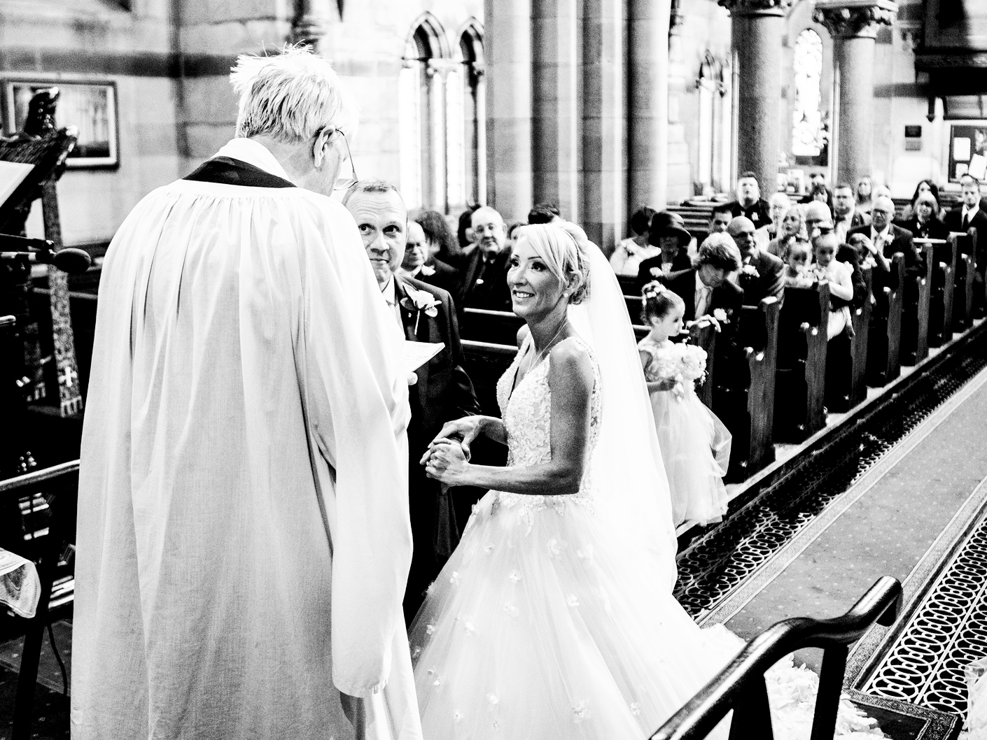 black-and-white-wedding-photographer-in-cheshire