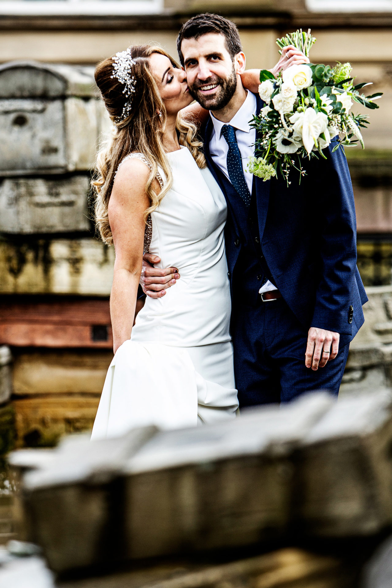 photography-of-the-newly-marroed-bride-and-groom-in-liverpool