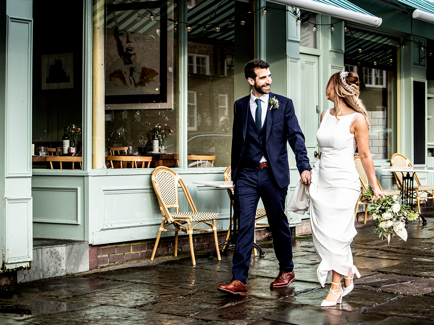 relaxed-and-informal-wedding-photography-liverpool