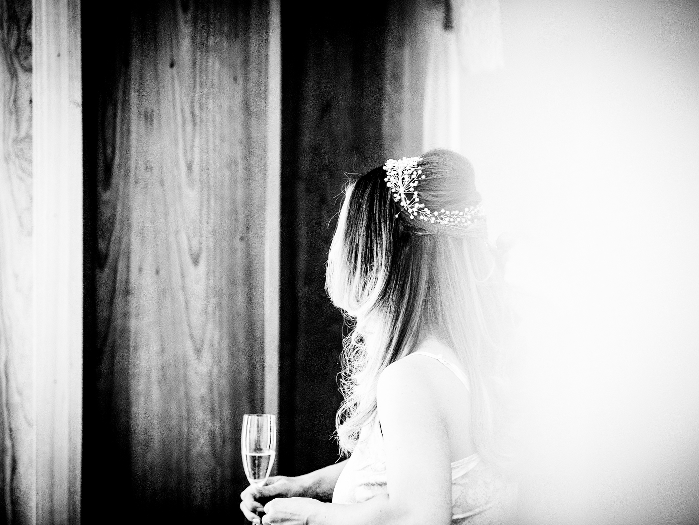 the-bride-getting-ready-at-the-hope-street-hotel-liverpool
